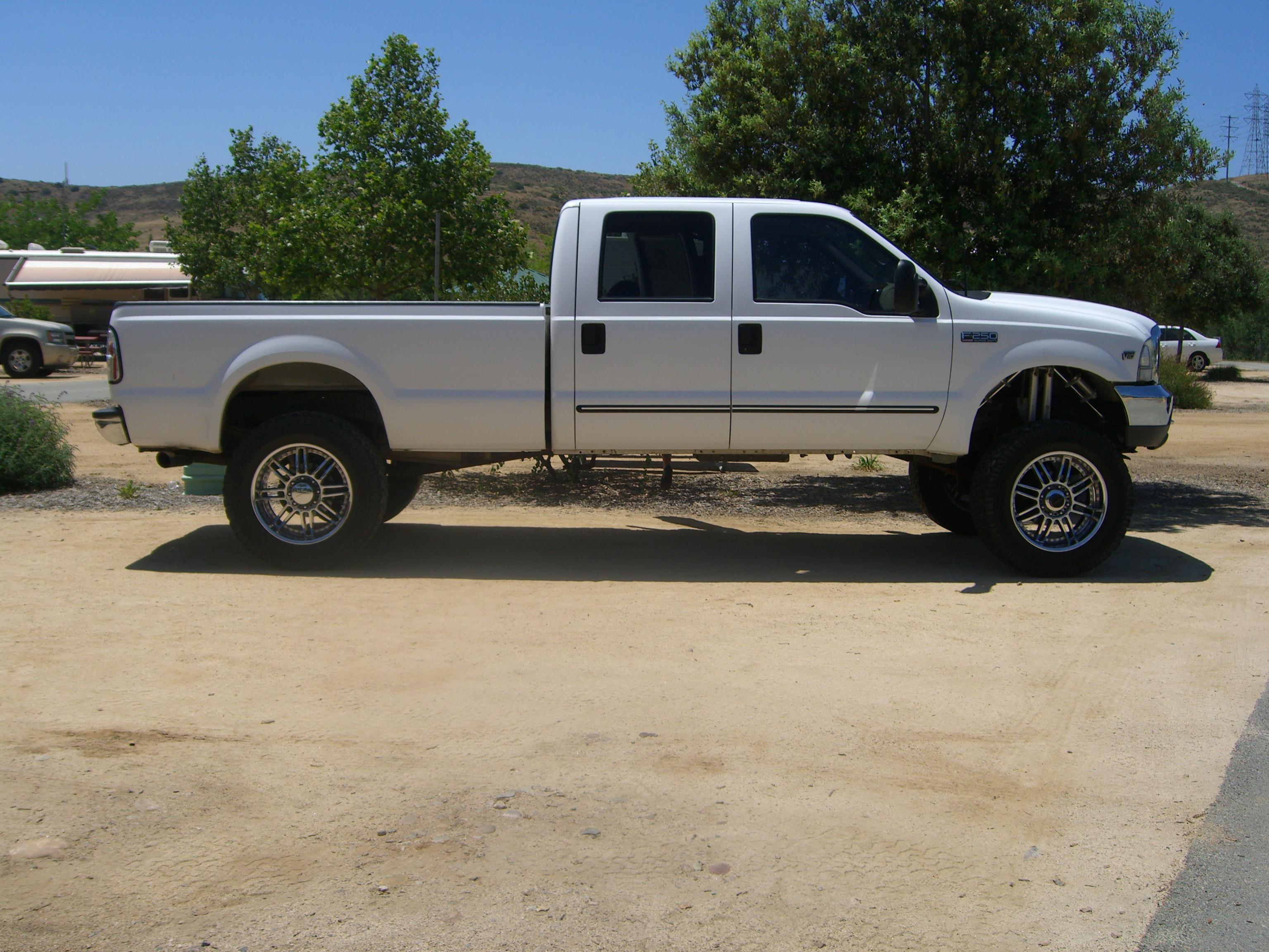 Truck Bed Spray Liner >> Lifted Ford Crew Cab Long Bed 4x4 SuperDuty - Kawasaki Teryx Forum