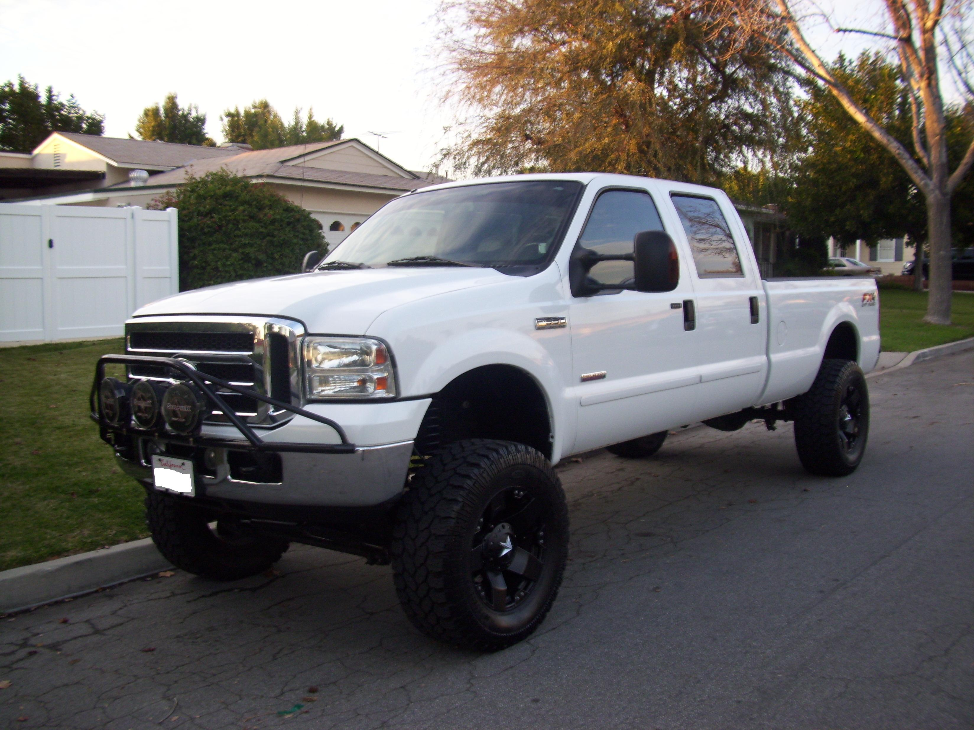 2006 ford f350 crew cab fx4 lb white lariat lifted 6 0. Black Bedroom Furniture Sets. Home Design Ideas