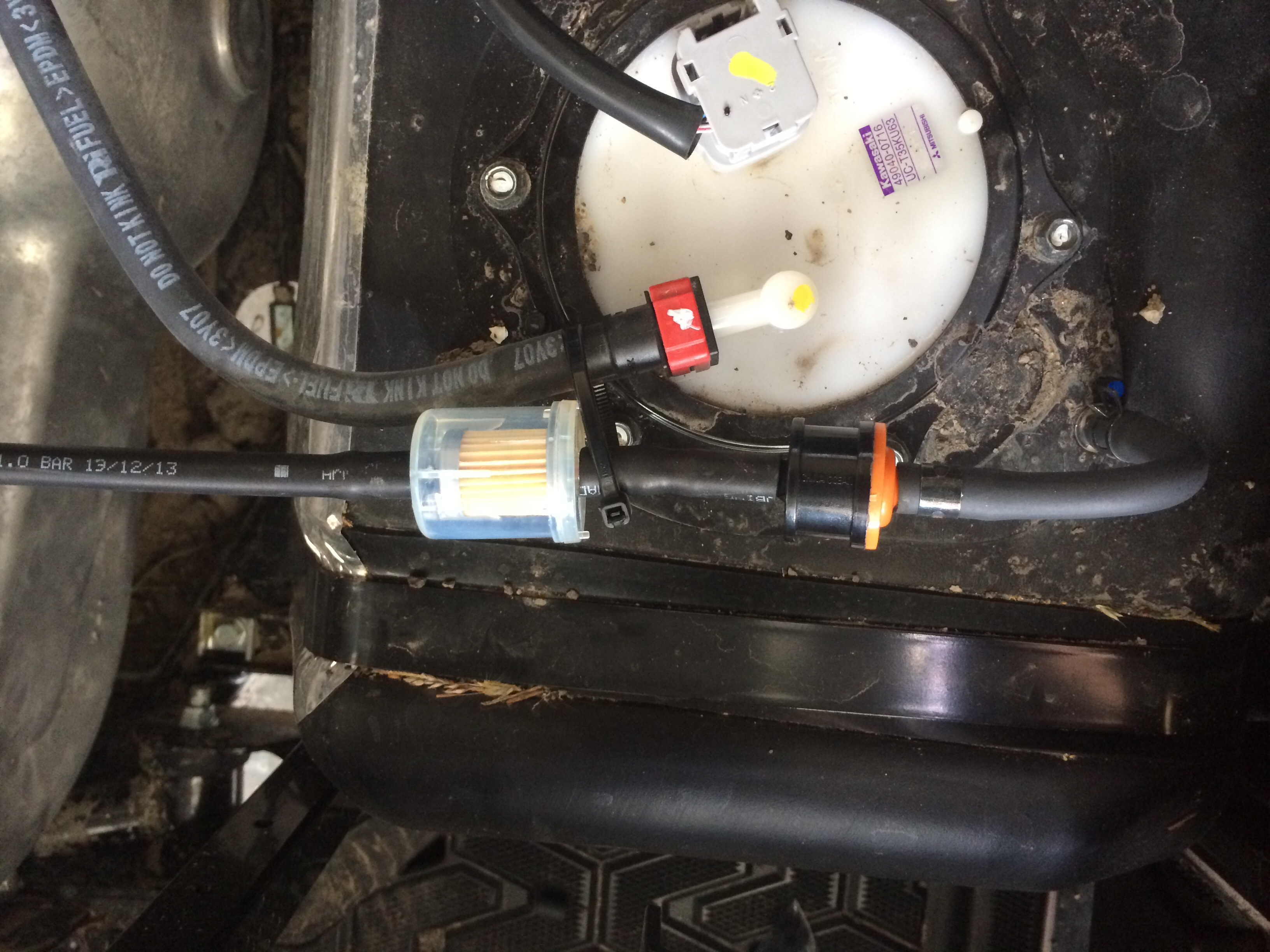 WRG-9165] A Fuel Filter On Kawasaki Mule on