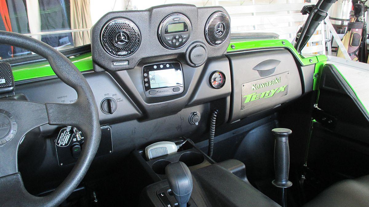 Factory Kawasaki dash mounted stereo system - Kawasaki Teryx Forum